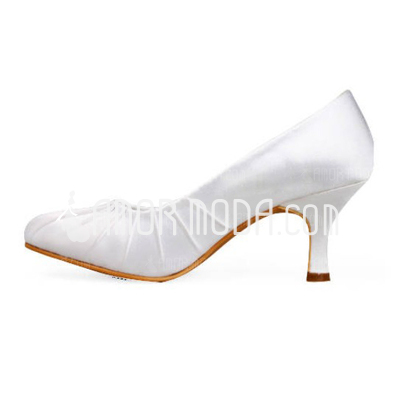 Vrouwen Satijn Stiletto Heel Closed Toe Pumps met Ruched (047010767)