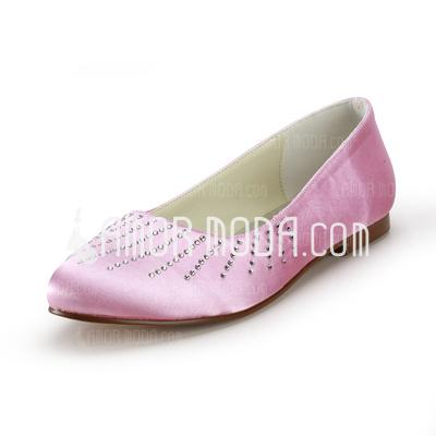 Vrouwen Satijn Flat Heel Closed Toe Flats met Bergkristal (047014154)