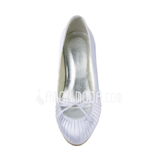 Frauen Satiniert Niederiger Absatz Geschlossene Zehe Absatzschuhe mit Flakem (047011827)