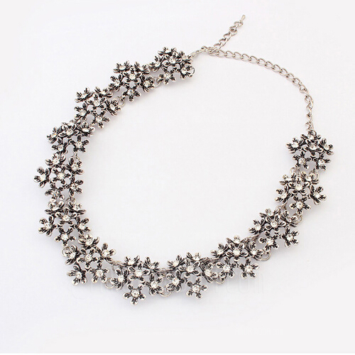 Schöne Legierung Damen Mode-Halskette (137045679)
