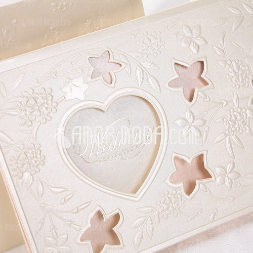 Heart Style Tri-Fold Invitation Cards (Set of 50) (114032371)