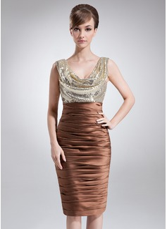 Etui-Linie Cowl Neck Knielang Charmeuse Pailletten Kleid für die Brautmutter mit Rüschen (008006430)