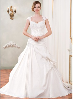 Ball-Gown Sweetheart Chapel Train Taffeta Wedding Dress With Ruffle Lace Beading Sequins (002055090)
