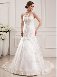 Trumpet/Mermaid Scoop Neck Cathedral Train Tulle Wedding Dress With Appliques Lace (002019530)