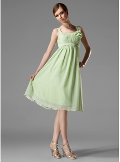 Empire Scoop Neck Knee-Length Chiffon Bridesmaid Dress With Ruffle Flower(s) (007004129)