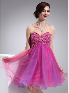Empire Sweetheart Knee-Length Organza Homecoming Dress With Beading (022009015)
