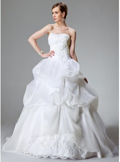 Ball-Gown Sweetheart Chapel Train Organza Satin Wedding Dress With Lace Beading (002000423)