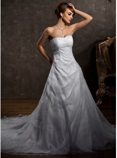 Cheap Wedding Dresses A-Line/Princess Sweetheart Chapel Train Organza Satin Wedding Dress With Lace Beadwork (002004509)