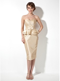 Sheath/Column Sweetheart Knee-Length Taffeta Mother of the Bride Dress With Ruffle Beading (008003203)