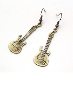 Exquisite Alloy Women's Fashion Earrings (011034827)