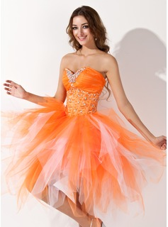 A-Line/Princess Sweetheart Knee-Length Satin Tulle Homecoming Dress With Beading Cascading Ruffles (022009812)