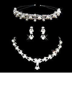 Gorgeous Alloy/Pearl With Rhinestone Ladies' Jewelry Sets (011006981)