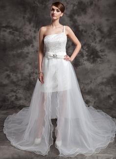 Forme Princesse Encolure asymétrique Traîne asymétrique Organza Pailleté Robe de mariée avec Emperler À ruban(s) (002024076)