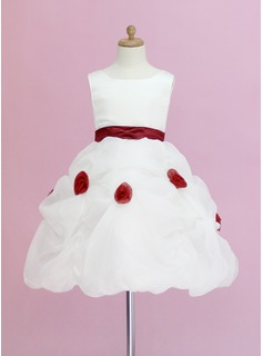 A-Line/Princess Scoop Neck Knee-Length Organza Satin Flower Girl Dress With Ruffle Sash Flower(s) (010005328)
