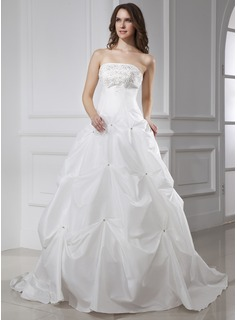Ball-Gown Strapless Chapel Train Taffeta Wedding Dress With Embroidery Beading (002015457)