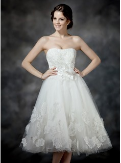 A-Line/Princess Sweetheart Tea-Length Satin Tulle Wedding Dress With Ruffle Lace Beading Flower(s) Bow(s) (002017203)