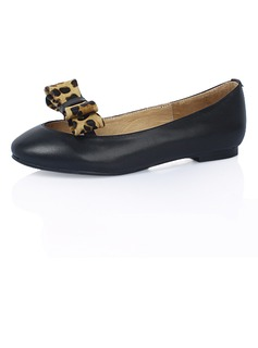 Leatherette Flat Heel Flats Closed Toe With Bowknot Animal Print shoes (086024969)