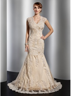Trumpet/Mermaid V-neck Court Train Satin Tulle Wedding Dress With Lace Beading (002014773)