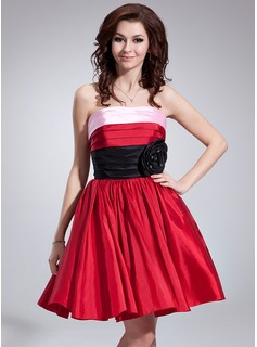 A-Line/Princess Strapless Knee-Length Taffeta Holiday Dress With Ruffle Beading (020036572)