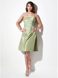 A-Line/Princess Strapless Knee-Length Taffeta Bridesmaid Dress With Ruffle (007001879)