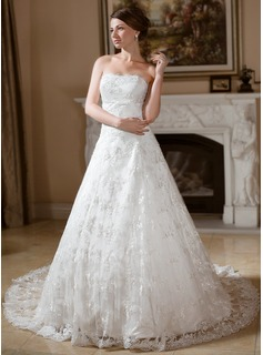 Ball-Gown Strapless Chapel Train Lace Wedding Dress With Beading (002012133)