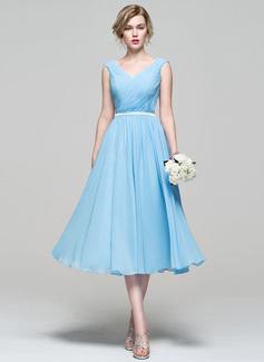 Vestidos princesa/ Formato A Decote V Comprimento médio Tecido de seda Vestido de cocktail com Pregueado (016110549)