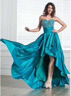 A-Line/Princess Sweetheart Asymmetrical Taffeta Prom Dresses With Beading (018020800)