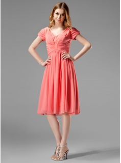 Cheap Bridesmaid Dresses A-Line/Princess V-neck Knee-Length Chiffon Bridesmaid Dress With Ruffle (007004160)