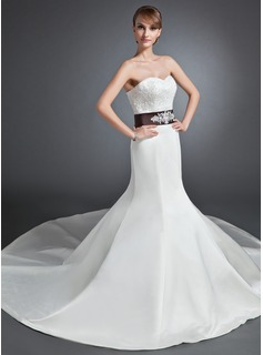 Trumpet/Mermaid Sweetheart Chapel Train Satin Wedding Dress With Lace Sash (002015152)