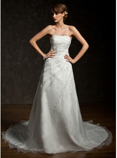A-Line/Princess Sweetheart Chapel Train Organza Wedding Dress With Ruffle Lace Beading (002000296)