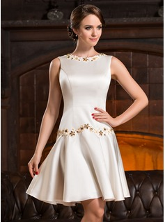A-Line/Princess Scoop Neck Knee-Length Satin Cocktail Dress With Beading Appliques Lace Sequins (016055930)