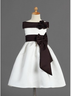 A-Line/Princess Off-the-Shoulder Tea-Length Satin Flower Girl Dress With Sash Flower(s) Bow(s) (010005329)