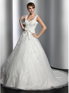 Ball-Gown Sweetheart Chapel Train Satin Tulle Wedding Dress With Lace Flower(s) (002014781)