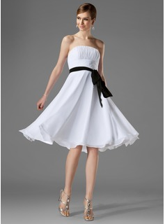 A-Line/Princess Strapless Knee-Length Chiffon Bridesmaid Dress With Ruffle Sash (007000954)