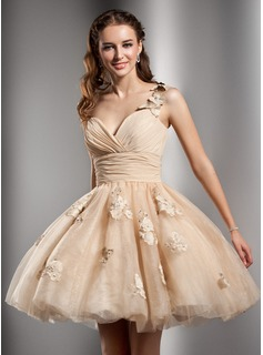 Sweet Sixteen Dresses A-Line/Princess One-Shoulder Knee-Length Chiffon Tulle Homecoming Dress With Ruffle Beading Flower(s) (022020672)