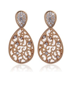 Gorgeous Alloy With Crystal Ladies' Earrings (011027331)