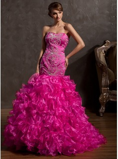Trumpet/Mermaid Sweetheart Sweep Train Organza Prom Dress With Beading Sequins Cascading Ruffles (018014929)