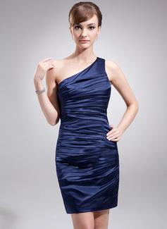 Etui-Linie One-Shoulder-Träger Kurz/Mini Charmeuse Kleid für die Brautmutter mit Rüschen (008016880)