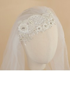 One-tier Cut Edge Elbow Bridal Veils With Rhinestones/Satin Flower/Faux Pearl (006190602)