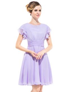 A-linjainen/Prinsessa Pyöreä kaula-aukko Polvipituinen Sifonki Morsiusneitojen mekko jossa Helmikuvoinnit Laskeutuva röyhelö (022051358)