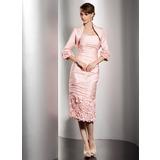 Etui-Linie Trägerlos Knielang Taft Kleid für die Brautmutter mit Rüschen (008014495)