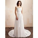 A-linjeformat Kåpa-urringning Court släp Chiffong Bröllopsklänning med Rufsar Pärlbrodering (002011559)