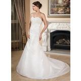 A-Line/Princess Sweetheart Chapel Train Taffeta Wedding Dress With Ruffle Lace Beading (002001358)