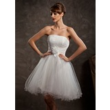 A-Line/Princess Strapless Knee-Length Tulle Homecoming Dress With Ruffle Flower(s) (022008126)