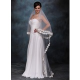 One-tier Chapel Bridal Veils With Lace Applique Edge (006005409)