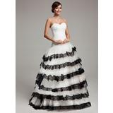 Corte de baile Novio Barrer/Cepillo tren Tul Vestido de quinceañera con Encaje Cascada de volantes (021017544)