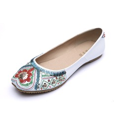 Leatherette Flat Heel Flats Closed Toe With Beading shoes (086056678)