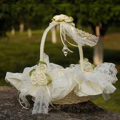 Cesto di fiori in Panno con Pizzo/Fiore (102169050)