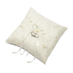 Square Ring Pillow With Ribbons/Faux Pearl (103018239)