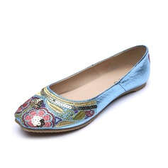 Kunstleer Flat Heel Flats Closed Toe met Klinknagel schoenen (086056683)